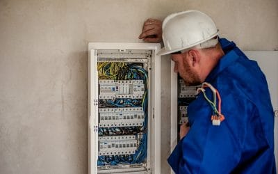 Electrician Salary Info and Employment Opportunities